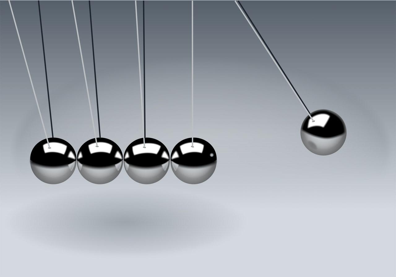 Metal ball pendulum